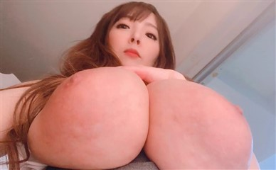 Hitomi Leaked Onlyfans Selfie Time And Wet Body Porn Video photo 4